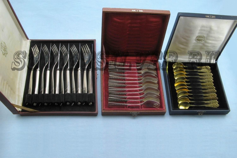 наборы из 12 предметов сервировки стола в футлярах