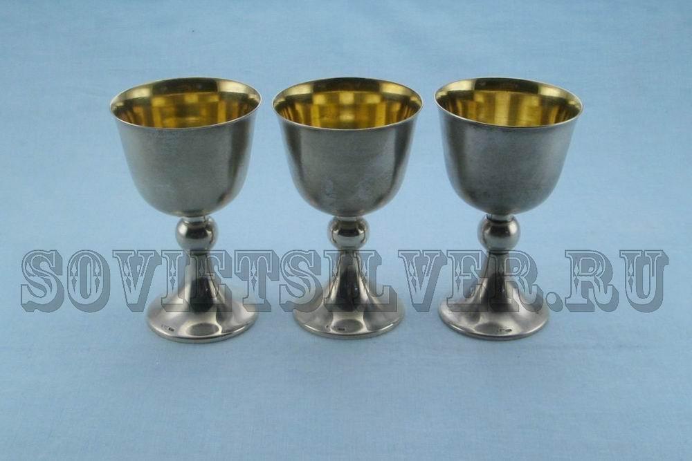 наборы серебряных бокалов в футлярах